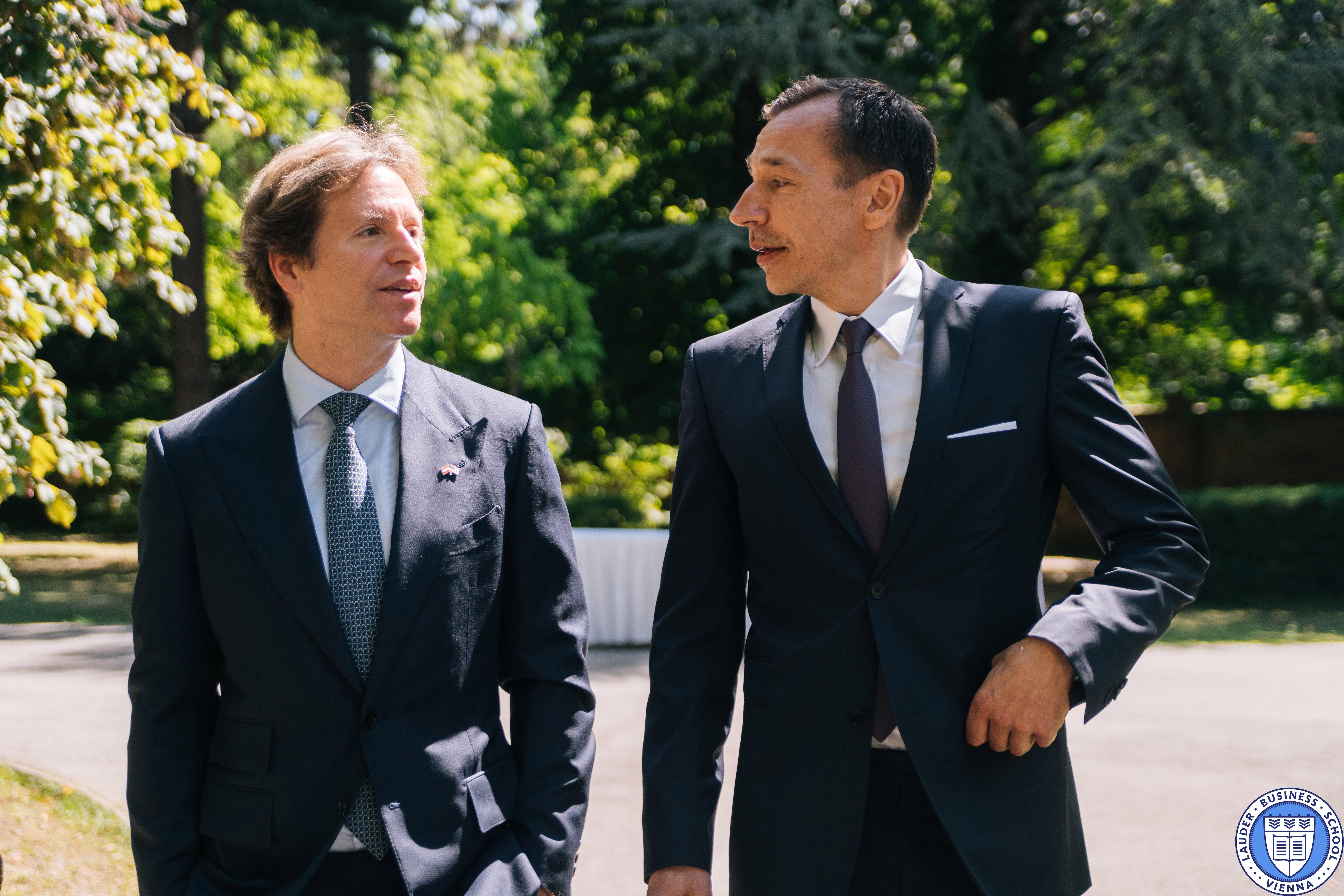 His Excellency Trevor D. Traina, US Ambassador to Austria (left), LBS Executive Director Mr. Alexander Zirkler (right)